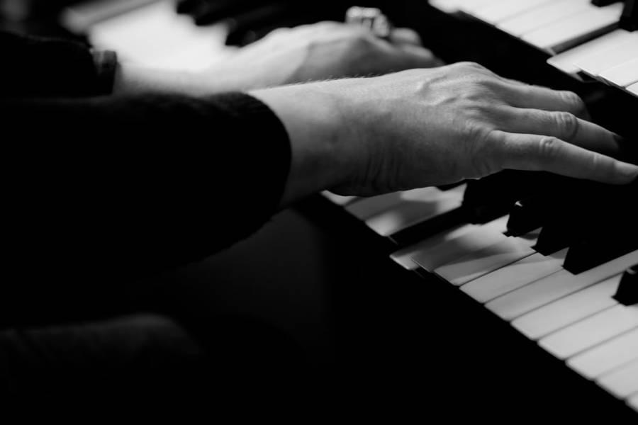 kazdy moze grac na pianinie